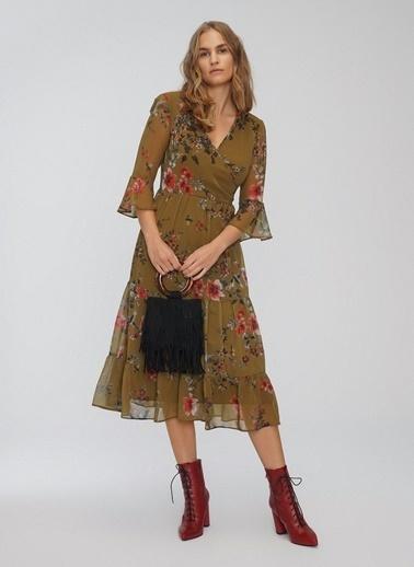 People By Fabrika Çiçekli Şifon Midi Elbise Yeşil